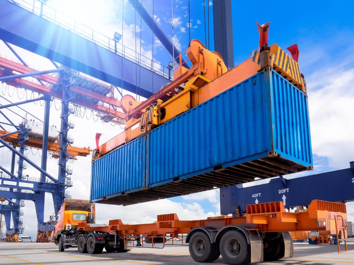 Overseas Container Unloading