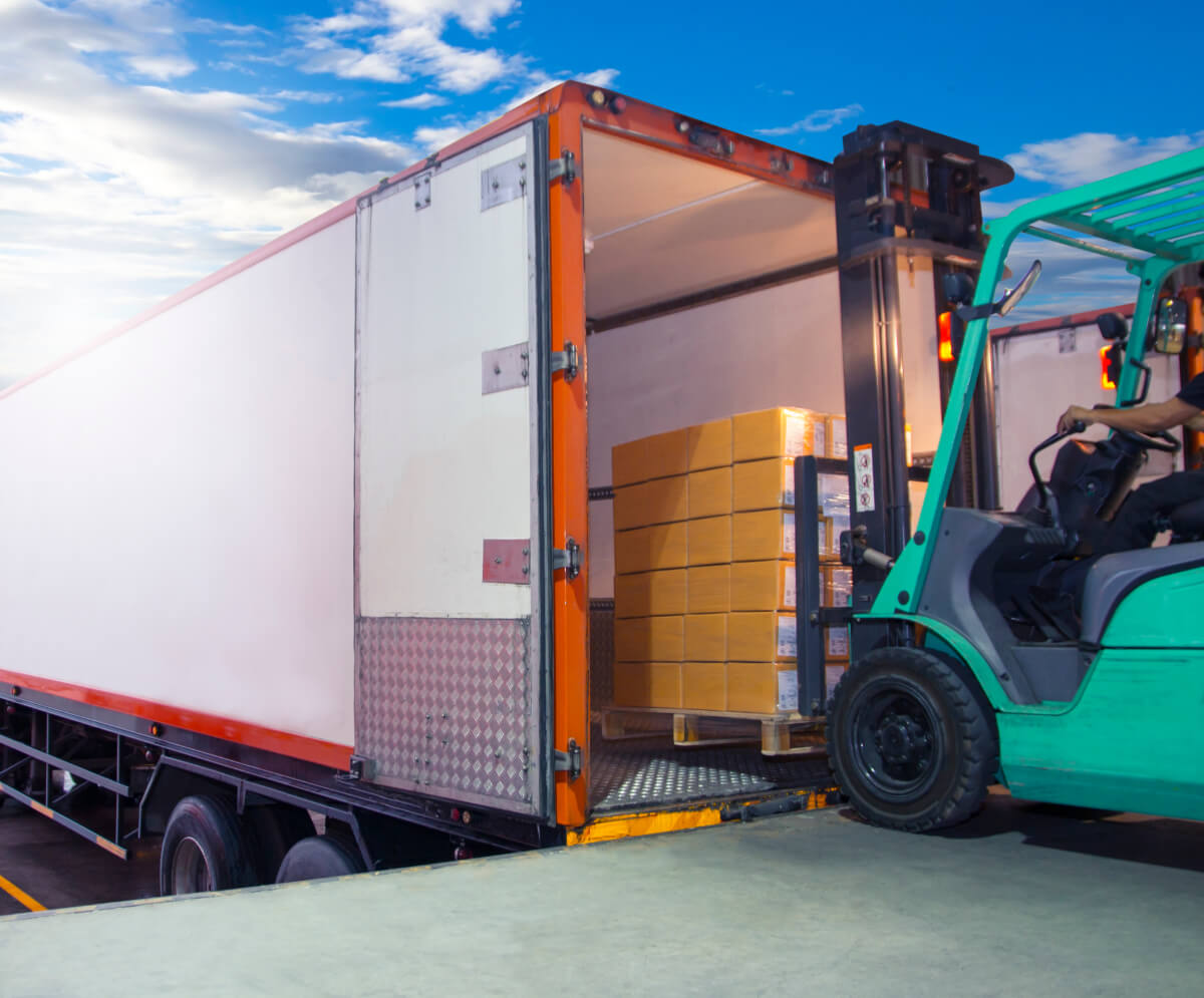 Safety Tips for Unloading Freight